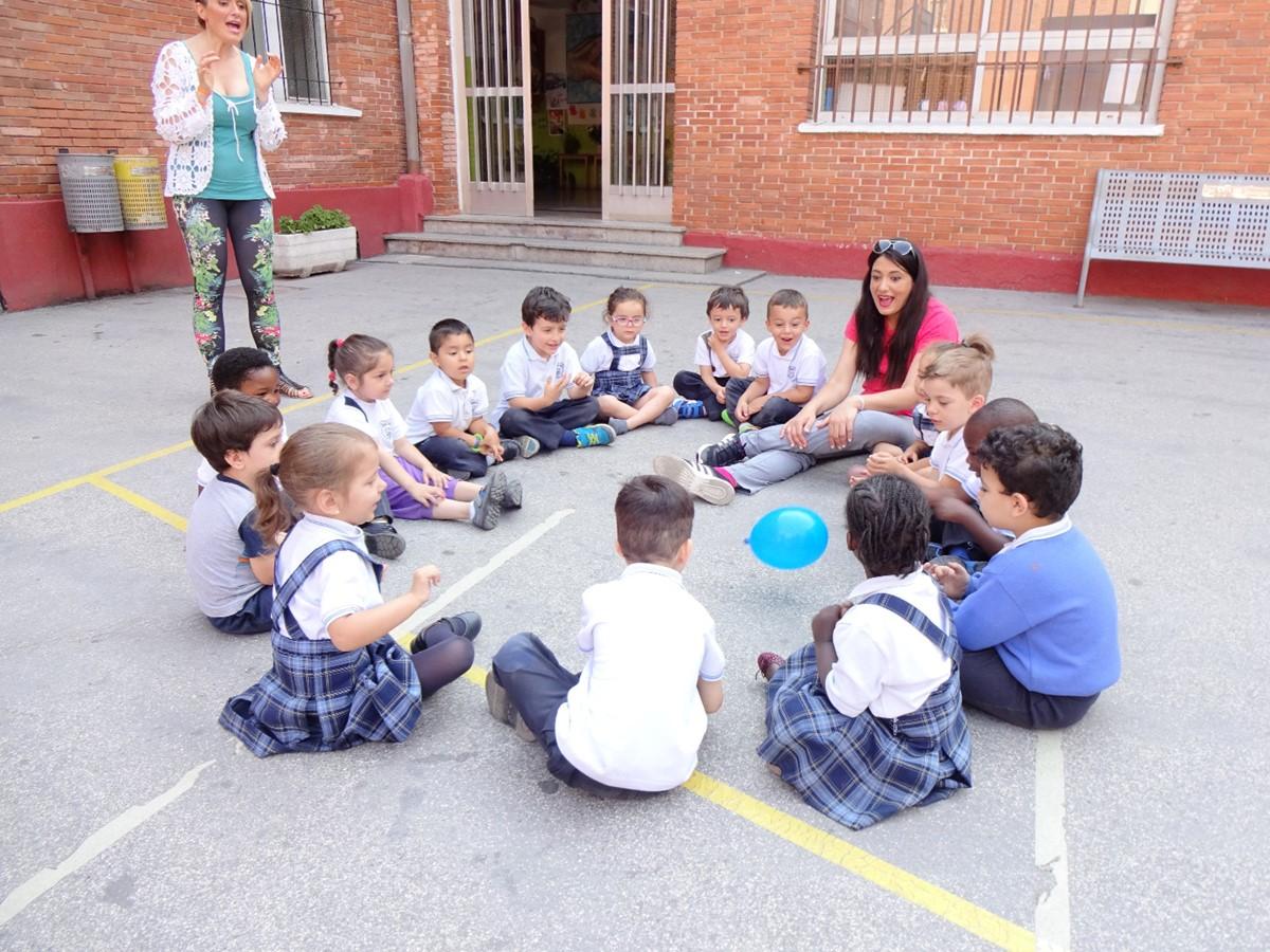 Juegos Organizados Por Los Padres Y Madres Colegio Apostol San